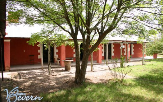 Estancia with excellent location and transport links - dfe802