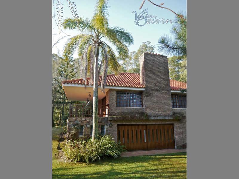 Casa en Punta Ballena sobre 1.800 m2 - pbh133