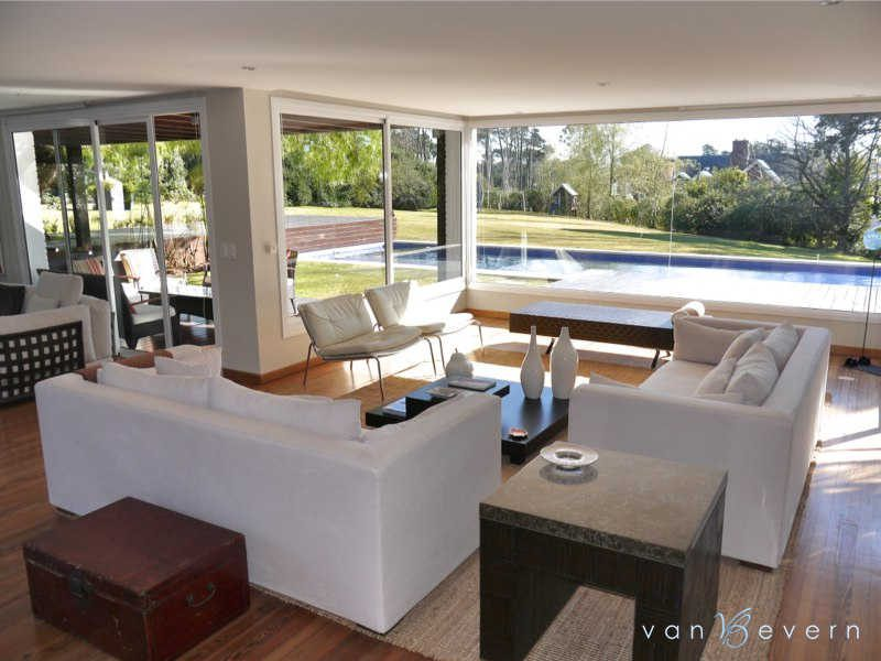 Luxury property in Punta del Este - PEH435