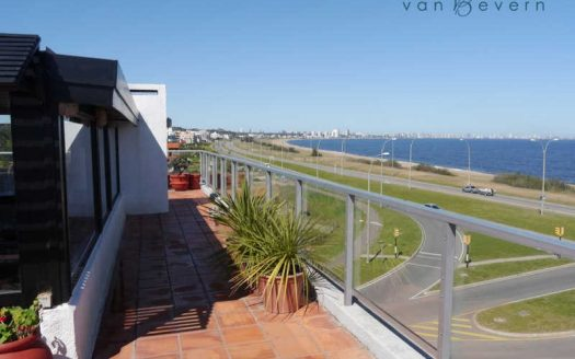 Apartamento con vista al mar no edificable - PEA441