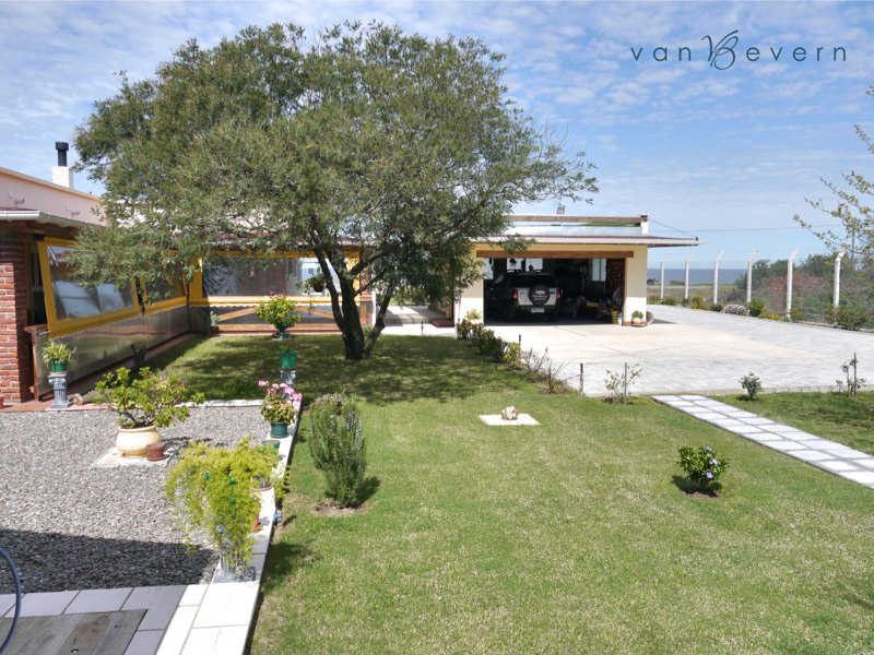 Well-maintained property with sea view on the Costa de Oro - ATH442