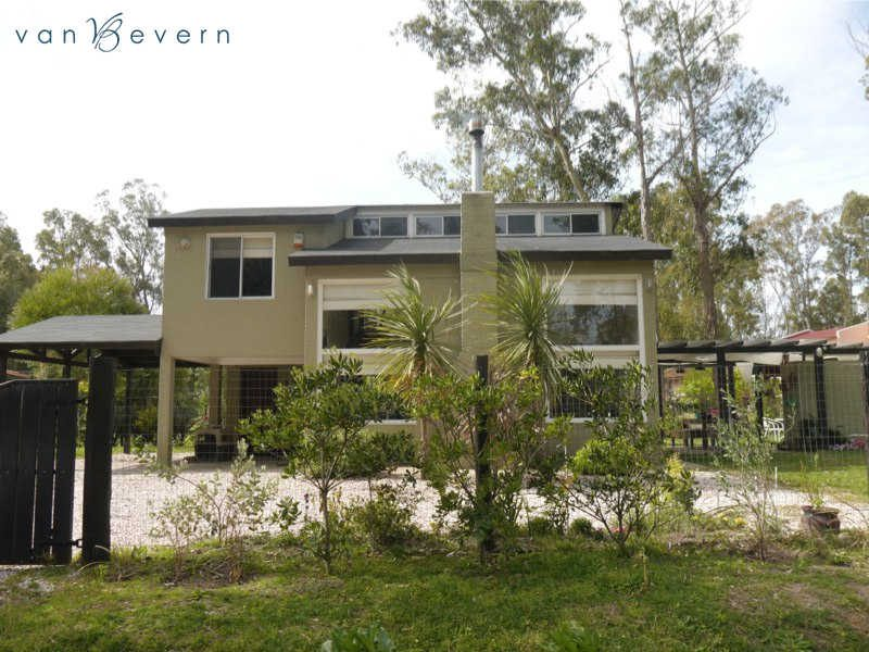 House with guest house on 22,000 sqft of land - BVH538