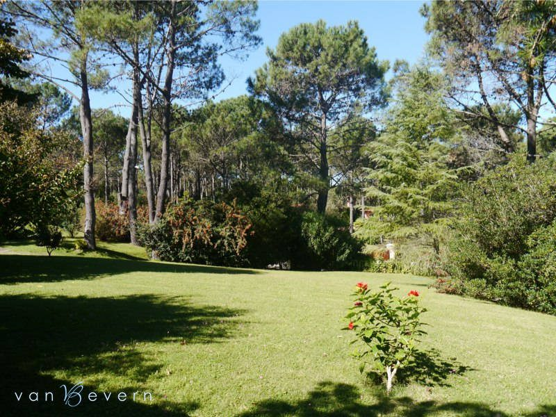 Large property in Club del Lago - PBH424