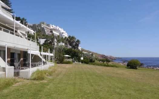 Apartment with sea view and direct access to the water in Punta Ballena - PBA605