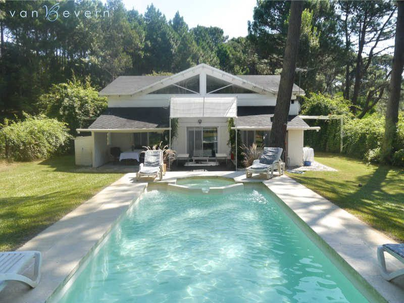 House with pool on golf course at Club del Lago - PBH511
