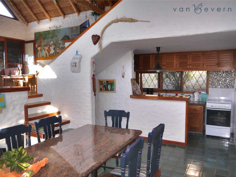 Thatched cottage with sea view in Piriápolis - PIH608