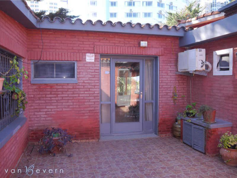 House in central location in Punta del Este - PEH725
