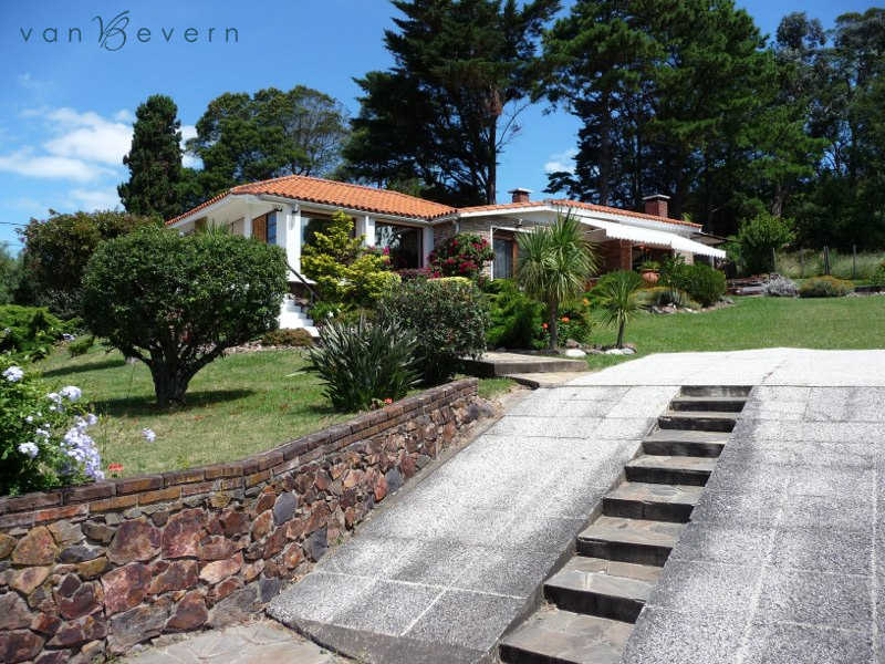 House with sea view in Piriápolis - PIH526