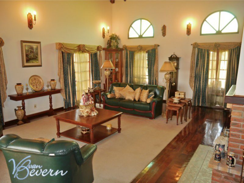 Deluxe property on 3,7 acres of land - ATC201