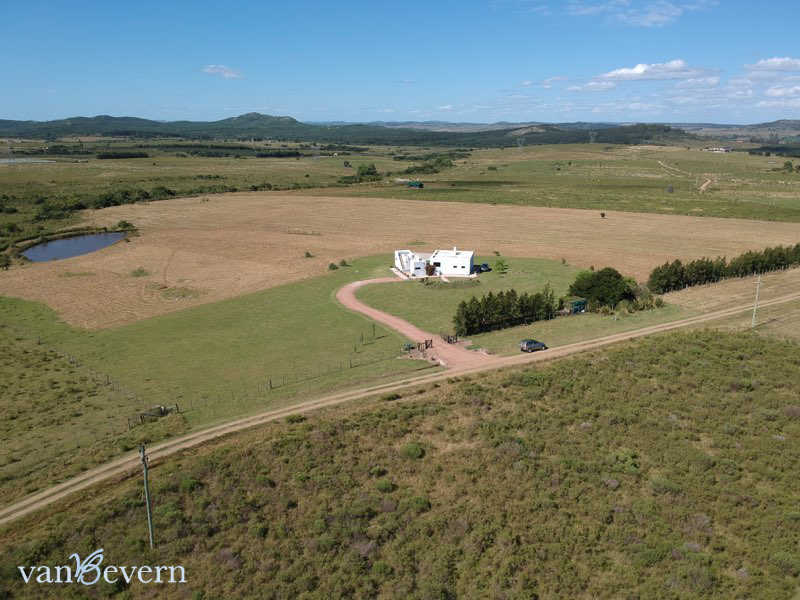 20 acres chacra in a fabulous location - PAC805
