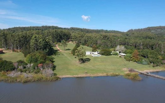 17-acres dream chacra on the lake, only 7 km from the beach - LSC812