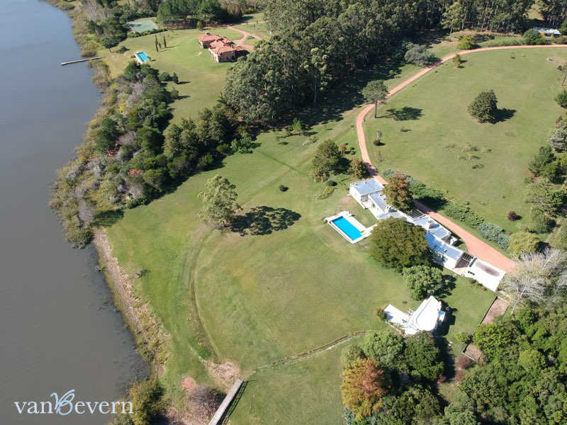 17 Acres Dream Chacra On The Lake Only 7 Km From The Beach