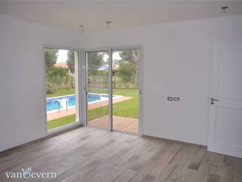 New house with pool, ready for first time use, in La Barra - LBH821