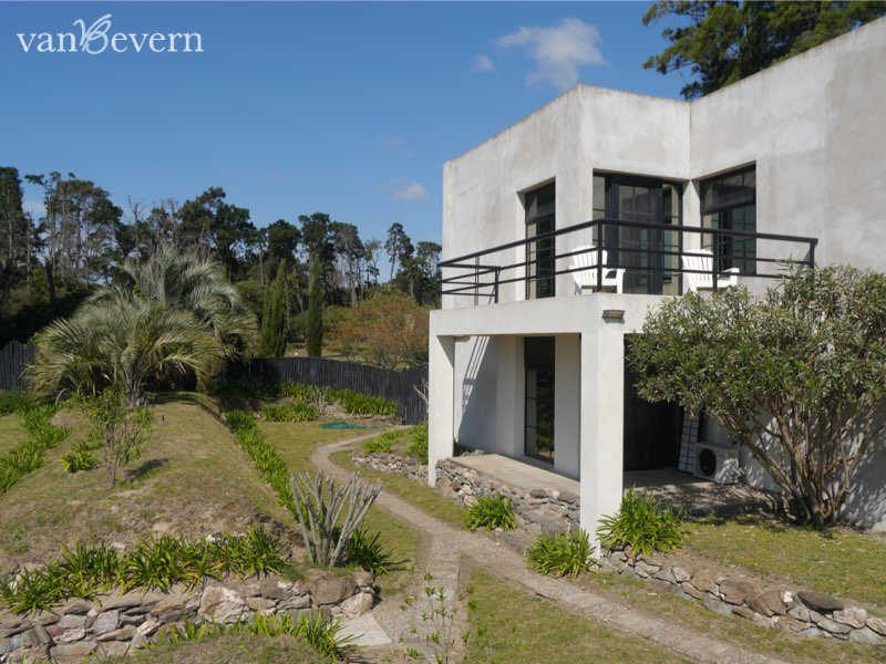 Modern house near the beach with beautiful view - PBH824