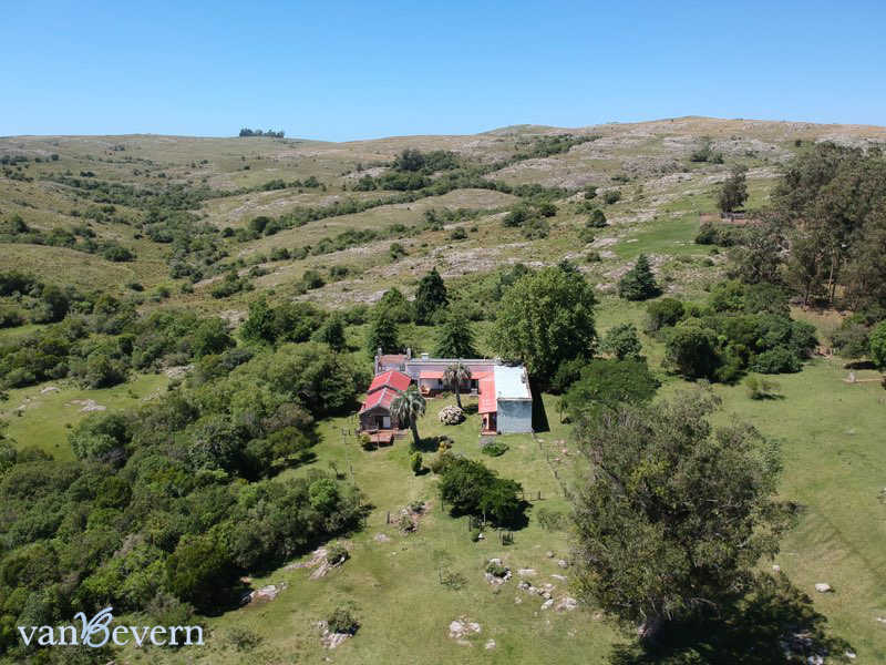 1,329-acres ranch near Aiguá - AIE903
