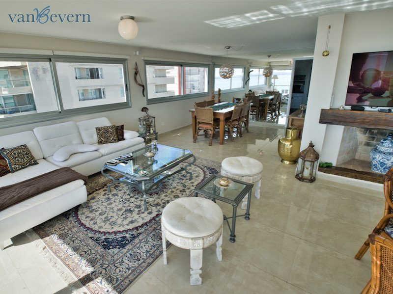 Exklusives Apartment in Punta del Este mit Blick auf den Hafen – PEA925
