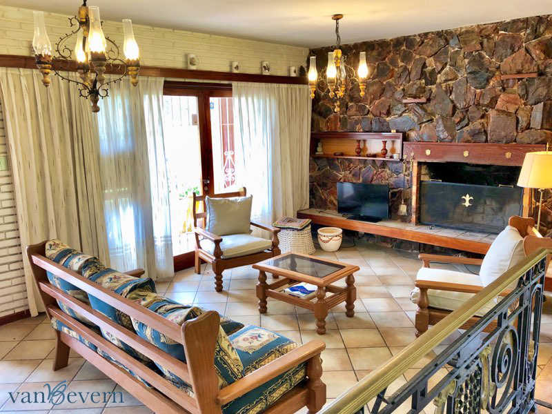 Bungalow near the beach, in an excellent neighborhood in Punta del Este - PEH927