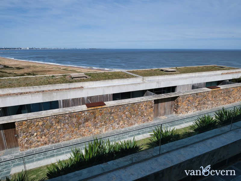 Modern apartment with sea view in Punta Ballena - PBA930