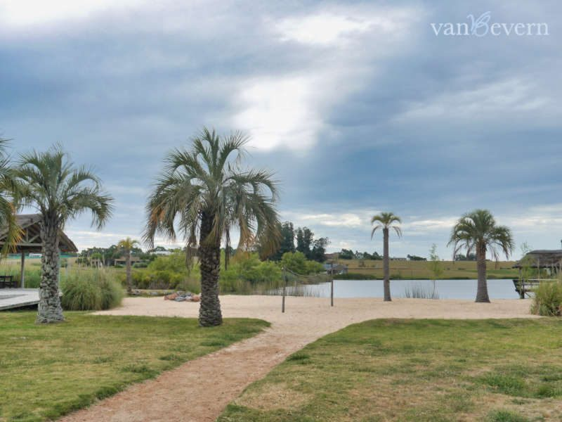 43,000-square-feet lot in gated community, near La Barra - LBB001