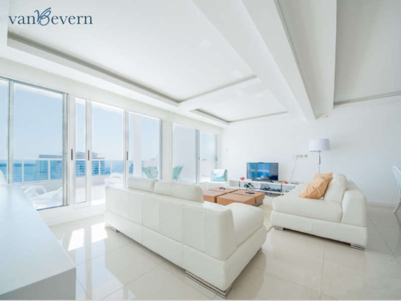 Spectacular penthouse in the center of Punta del Este - PEA018