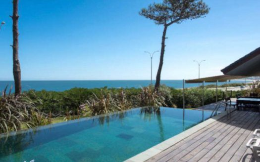 Impressive house with unobstructed sea view in Pinares - PEH022