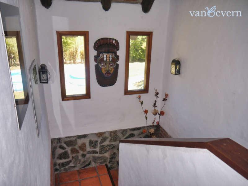 Strandnahes Reetdachhaus in zentraler Lage in Solís – SOH102