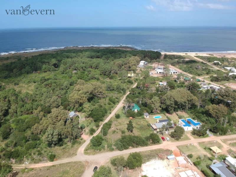 1.200 qm Eckgrundstück in grüner, strandnaher Lage – PCB108