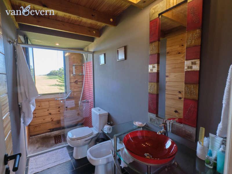Solides Holzhaus in geschlossener Wohnanlage – LSH107