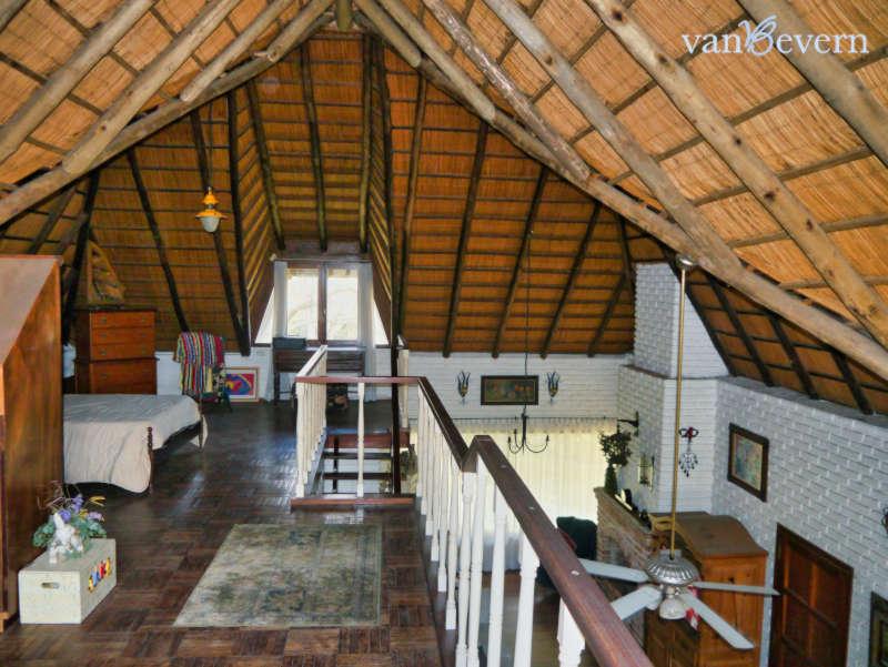 Rieddach-Wohnhaus mit Gästehaus im Balneario Solís – SOH121